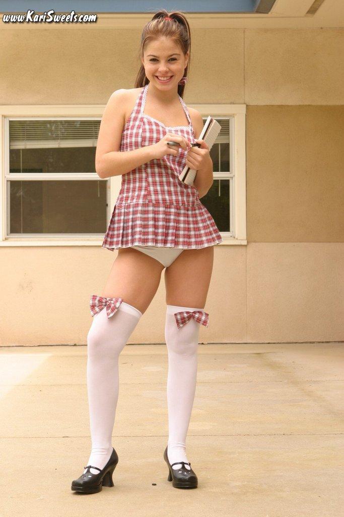 sexy-schoolgirl-4