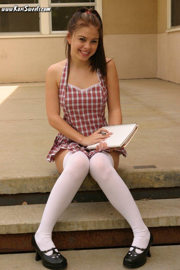 sexy-schoolgirl-5